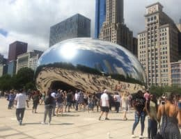 Cloud Gate im Millenium Park in Chicago